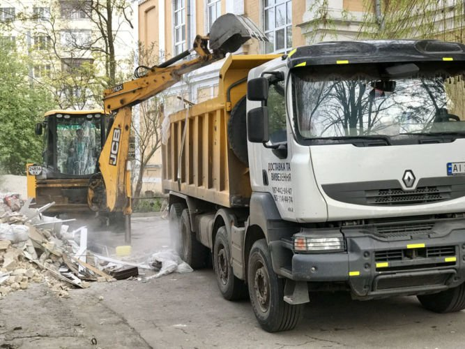 Самосвал Renault Kerax