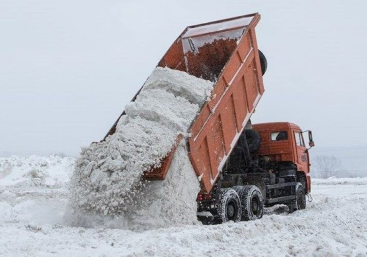 Уборка и вывоз снега в Киеве