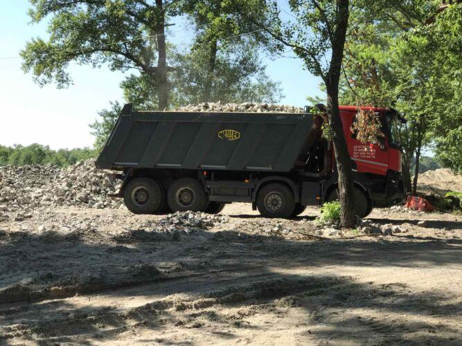 Вывоз мусора самосвалом
