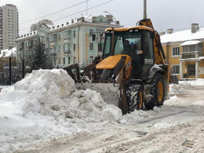 Уборка снега экскаватором - Трансавтогруп